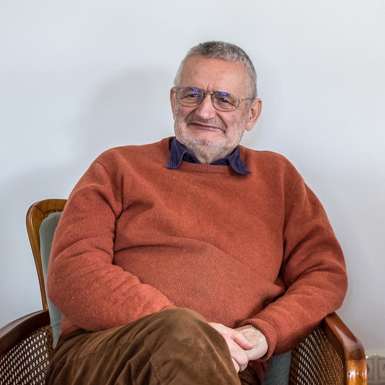 """""""Evolúciós léptékben még gyerekek vagyunk"""" – Interjú Csányi Vilmossal"""